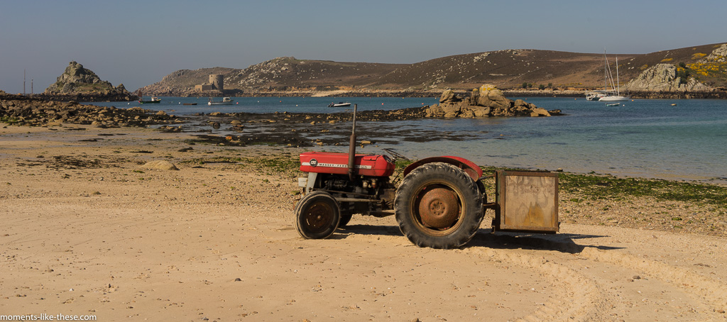 Solitary tractor